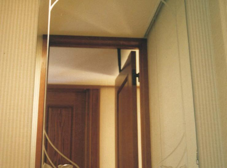 洗面の装飾ミラーのサムネイル