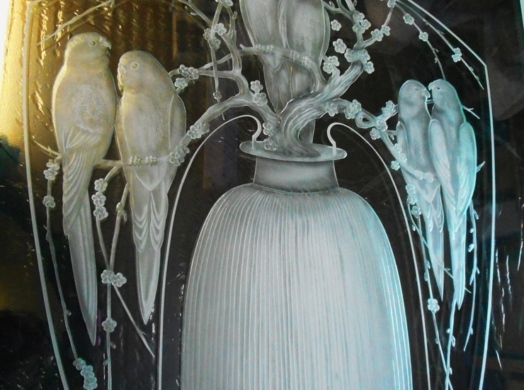 ラリックの香水瓶のサムネイル