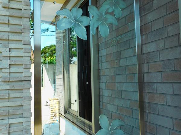 玄関横のパーテーション