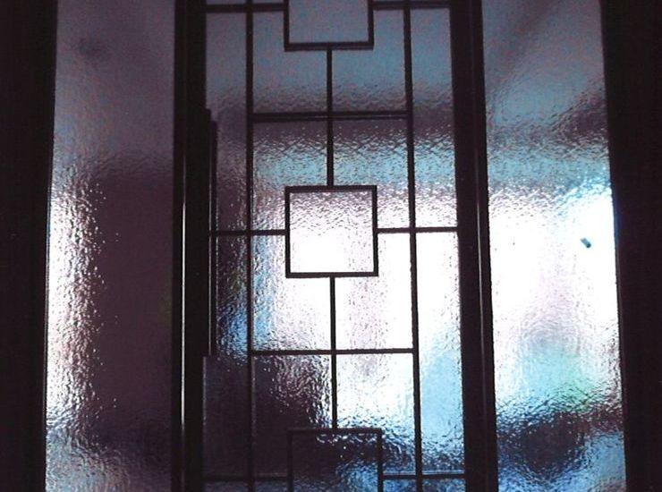 海外のガラス材のサムネイル