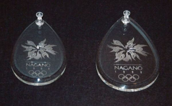 冬季オリンピック ガラスメダル試作