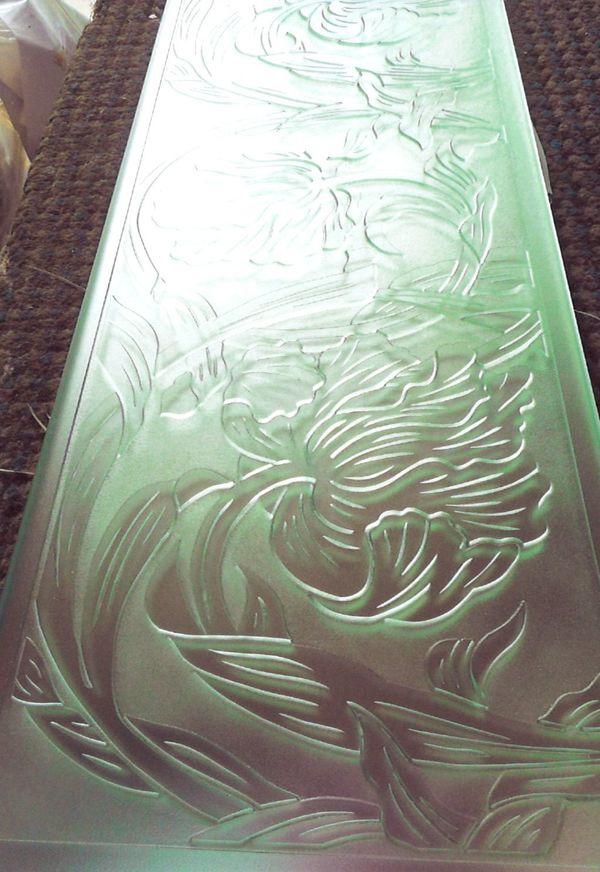 ラリック彫り(エッチングガラス)