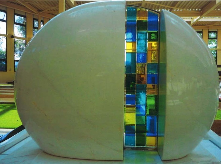 アートデザイン墓石のサムネイル