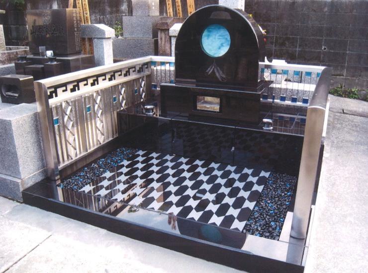 アートガラス墓石のサムネイル