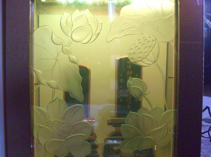 納骨堂 扉のサムネイル