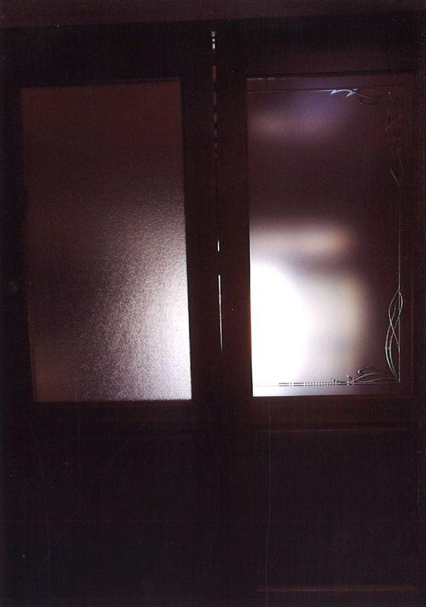 飾り枠のエッチングガラス(建築用エッチングガラス)