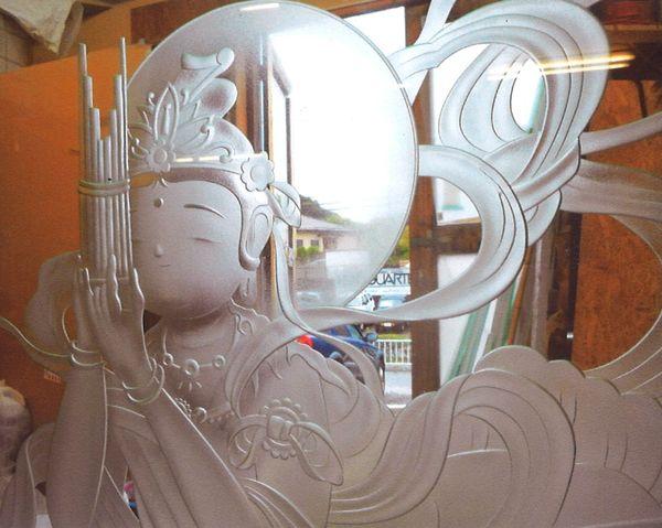 天女エッチングガラス (建築・フューネラルアートガラス)