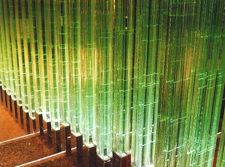 ガラスの柱のサムネイル
