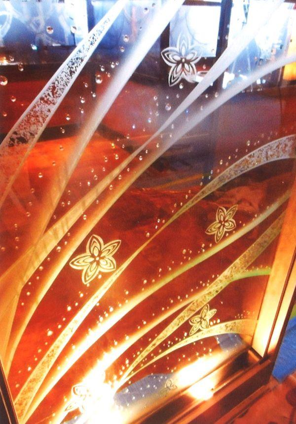 2枚重ねのエッチングアートガラス(店舗アートガラス)