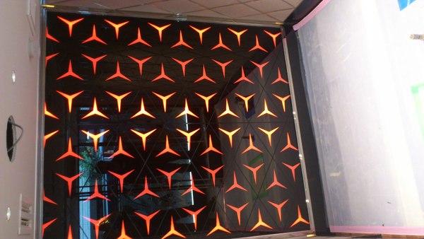 壁アートガラス(店舗・ホテルアートガラス)