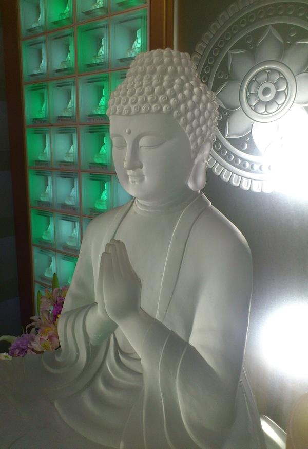 ガラスの仏像 (ガラス無垢)