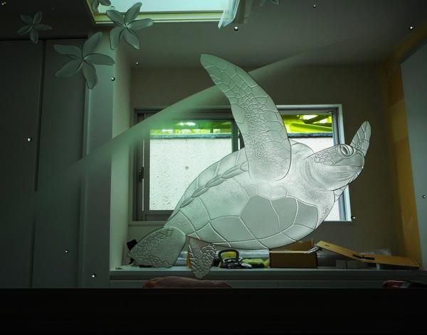 間仕切りエッチングガラス設置(建築アートガラスパーテイション)
