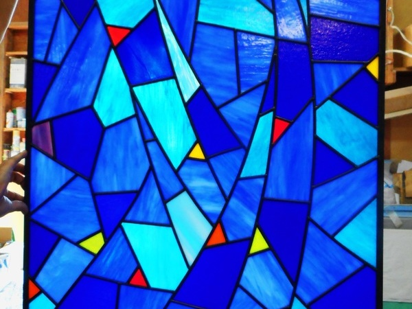 青のステンドグラス