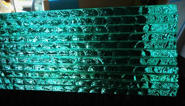 積層ガラス、ガラス床